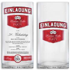 Ladet eure Gäste mit unserer Wodka-Karte zu eurer nächsten feuchtfröhlichen Feier ein. https://www.gestaltenlassen.com/einladungskarten-als-wodka-flasche.html