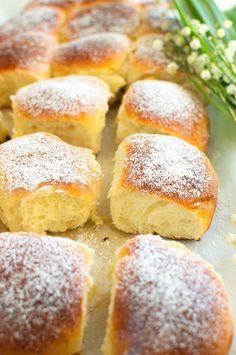 Puszyste bułeczki na jogurcie owocowym Cookie Recipes, Dessert Recipes, Desserts, Polish Recipes, Bread Rolls, Bakery, Biscotti, Cornbread, Food And Drink