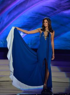 Check out the STUNNING Miss Israel, Doron Matalon in her costume for the Miss Universe pageant as she represents Israel :) :) Miss Universe Costumes, Miss Universe National Costume, Miss Universe 2014, Come Unto Me, Are You Serious, Beauty Pageant, Diana, Wonder Woman, Gowns
