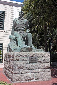 Statue of J C Smuts, Cape Town by Kleinz1, via Flickr