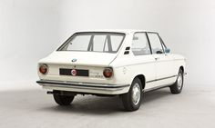 1924us:  BMW 2000 Touring Bmw Alpina, Bmw 2002, Hot Shots, Art Images, Touring, Black And White, White Box, Bike, Cars