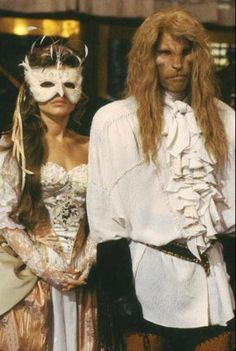 1980s Tv Shows, Catherine Chandler, New York Socialites, Vincent And Catherine, Ron Perlman, Tale As Old As Time, Romantic Movies, Beautiful Love, Beauty And The Beast