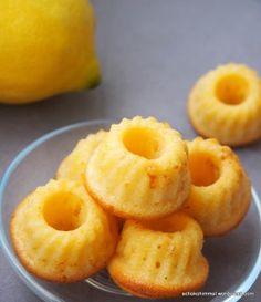 Klein und fein: Zitronen-Buttermilch-Gugl