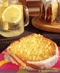 Incredibly fluffy and juicy - thanks to a good portion of cream cheese, this is . - Incredibly fluffy and juicy – thanks to a good portion of cream cheese, this lemon cake is an abs - Cupcakes, Cake Cookies, Cupcake Cakes, Baking Recipes, Cake Recipes, Dessert Oreo, Sweet Bakery, Sweets Cake, Food Cakes