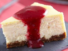 New York cheesecake recipe with Thermomix or Make this dessert step-by-step as in your robotic! Cheesecake Thermomix, Raspberry No Bake Cheesecake, Dessert Thermomix, No Bake Pumpkin Cheesecake, Chocolate Cheesecake Recipes, Easy Cheesecake Recipes, Robot Thermomix, Classic Cheesecake, Dessert Party