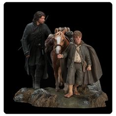 Lord of the Rings The Fellowship of the Ring Set 3 Statue - Weta Collectibles - Hobbit / Lord of the Rings - Statues at Entertainment Earth