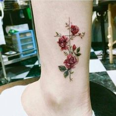 Tattoos with meaning, pretty tattoos for women, rose tattoos for wo Mini Tattoos, Rose Tattoos, Flower Tattoos, Body Art Tattoos, Tatoos, Tattoo Roses, Tattoo Art, Tattoo Ideas Flower, Cross Tattoos For Women