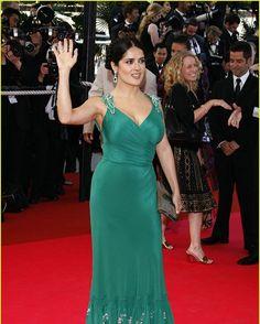Cannes look 2013 ���� �� #SalmaHayek #USA #Mexico #queen #Idol #latina #actress #fashion #Hollywood #London #France #Celebrity #Beautiful #Lebanese #oscars #academyawards #gucci #SalmaHayekPinault #valentinapinault #flowers #dress  @salmahayek @salmahayek @salmahayek @salmahayek http://tipsrazzi.com/ipost/1516058452232019647/?code=BUKHyFABJ6_