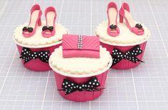Shoes and handbag cake decorations - goodtoknow