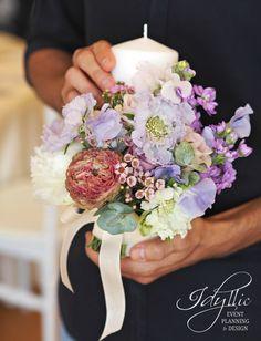 ceremony candle design / lumanari nunta design Idyllic Events / purple flower design