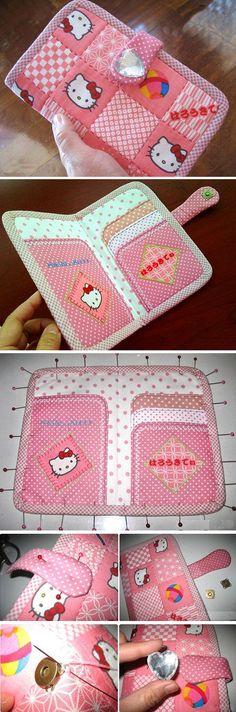Pink Hello Kitty Monedero / Cartera de mano. Paso a paso foto de DIY tutorial. http://www.handmadiya.com/2015/11/hello-kitty-wallet-tutorial.html