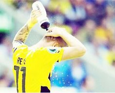 Imagem através do We Heart It https://weheartit.com/entry/132585144/via/7357562 #boys #football #borussiadortmund #bvb #marcoreus