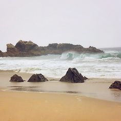 Pacific waves! #vsco #vscocam #california #cali #beautiful #pasific #ocean #water #landscape #vscofilm #nature #rocks #nikon #nikonusa #travel #trip #vacation #minimalism #love #minimal #summer #photographer #highway #sand #water #landscapephotography #instacali