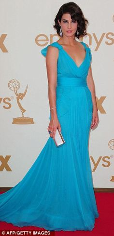 Cobie Smulders in Alberta Ferretti gown and Rene Caovilla clutch at the 2011 Emmys, September 2011