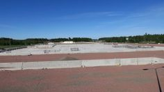 Itärajalle saa rakentaa uuden ison kauppakeskuksen – isompi kuin viereinen outlet-kylä   Yle Uutiset   yle.fi Beach, Water, Outdoor, Shopping, Gripe Water, Outdoors, The Beach, Beaches, Outdoor Games