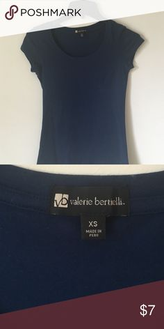 Navy blue scoop neck top Great condition and quality scoop neck tee Valerie bertinelli Tops Tees - Short Sleeve