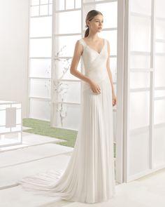 WALLACE vestido novia en color natural.