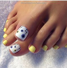 Installation of acrylic or gel nails - My Nails Pretty Toe Nails, Cute Toe Nails, My Nails, Gel Toe Nails, Toe Nail Color, Toe Nail Art, Summer Toe Nails, Summer Pedicures, Toenail Art Summer