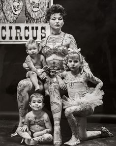 Tagged with photography, vintage, life, circus; Circus life-outside the big top Cirque Vintage, Vintage Circus, Vintage Carnival, Creepy Circus, Circus Circus, Vintage Pictures, Vintage Photographs, Old Photos, Images