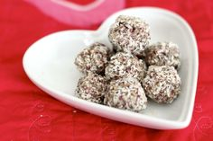 low carb/paleo kids: 3-seed coconut berry energy bites (nut free, grain free, dairy free)