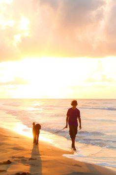 A Walk Along The Beach!