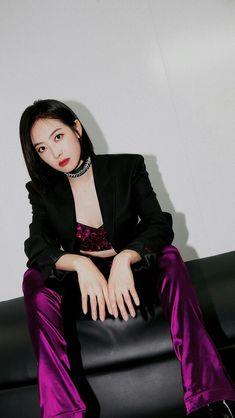 Victoria Fx, Victoria Song, South Korean Girls, Korean Girl Groups, Song Qian, Chinese Actress, Krystal, Nayeon, Kpop Girls