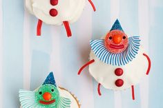 DIY Clown Cupcake Topper from Candy Aisle Crafts on Handmade Charlotte! And a book giveaway!