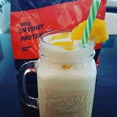 Batido pós treino com #proteína com sabor a #Panquecas e Xarope de Ácer com manga ananás e papaia   #MyWheyStore #Portugal #Almada