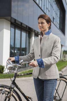 Frauen - Fahrrad- und businesstaugliche Mode - Jürgen Brand - Fair Fashion - Manufactured in Austria Business Outfit, Bicycle, Womens Fashion, Style, La Mode, Woman Outfits, Bicycle Kick, Bike, Trial Bike