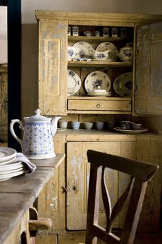 Rustic shabby chic old cupboard Country Farmhouse, Country Kitchen, Country Decor, Farmhouse Decor, Country Living, Rustic Kitchen, Pine Kitchen, Antique Farmhouse, Farmhouse Interior