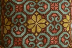 Cross Stitch Embroidery, Embroidery Patterns, Cross Stitch Patterns, Knitting Patterns, Sewing Patterns, Palestinian Embroidery, Penny Rugs, Bargello, Needlepoint