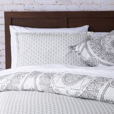 Diaz Comforter Set