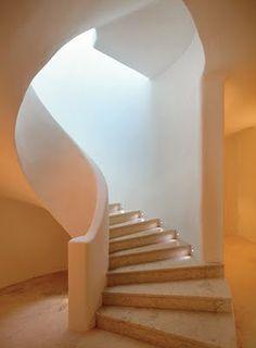 Mit einer Naturstein Treppe treffen Sie sicherlich die richtige Entscheidung!   http://www.maasgmbh.com/naturstein_produkte-naturstein_treppen