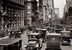 Good old traffic on Fifth Avenue, 1913 (fragment)