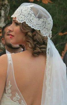 Vintage inspired wedding cap veil. Laced Vintage Cap veil by LavenderByJurgita