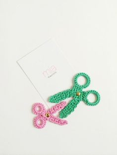 crochet scissors! A free pattern