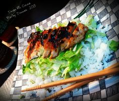 I learned this recipe from a kind Japanese lady who had a small restaurant in Santa Fe Springs, CA., and with only 5 ingredients, this  Chicken Teriyaki and Rice [Santa Fe Springs Deli Style] is a must in a hectic day!  For the recipe, please go to:  http://desdemicocina.net/comida_pr%C3%A1ctica/chicken_teriyaki_and_rice_santa_fe_springs_deli_style