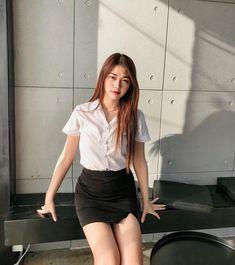 Cute Asian Girls, Beautiful Asian Girls, University Girl, Beautiful Young Lady, Rock Outfits, Girls Uniforms, Pretty And Cute, Korean Girl, Asian Beauty