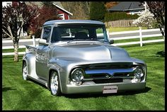 old cars vintage classic 1956 Ford Truck, Old Ford Trucks, Old Pickup Trucks, 1956 Ford F100, Toyota Trucks, Rat Rods, Custom Trucks, Custom Cars, Mustang