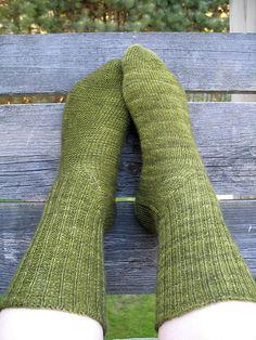 Free toe up sock pattern (Knitty)