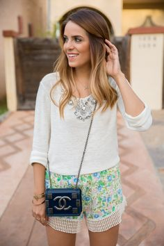 Gal Meets Glam Summer Shorts- Jen's Pirate Booty Shorts, Maje Sweater, Chanel Bag {love this whole look} Preppy Mode, Preppy Style, Style Me, Style Hair, Summer Outfits, Cute Outfits, Summer Shorts, Fall Outfits, Look Fashion