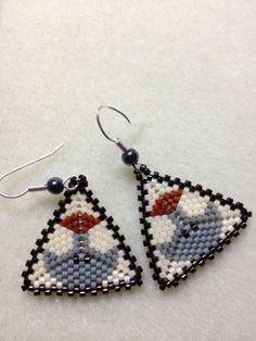 Inuit made beaded earrings by Marilyn Mesher