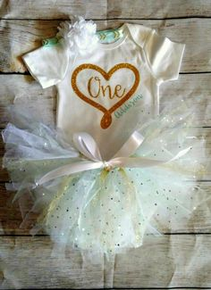 Hey, I found this really awesome Etsy listing at https://www.etsy.com/listing/489256237/1st-birthday-girl-outfit-girls-first