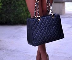 ☮✿★ Chanel Handbag ✝☯★☮