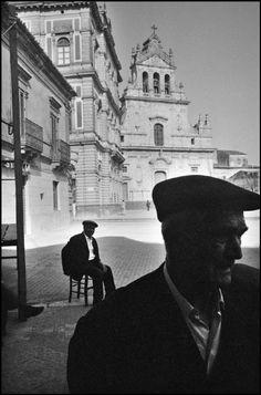 Ferdinando Scianna - Sicily, Grammichele. 1976.