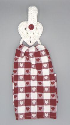 Ravelry: Heart Dishcloth Holder pattern by Tandy Imhoff Designs Crochet Towel Holders, Crochet Dish Towels, Crochet Towel Topper, Crochet Kitchen Towels, Cute Crochet, Easy Crochet, Knit Crochet, Irish Crochet, Crochet Ideas