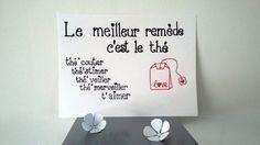 Affiche illustrée à la main   Envie d'une déco originale, de faire passer un message ou tout simplement d'embellir un mur  qui s'ennuie, cette affiche est là.  Délicatemen - 18039248