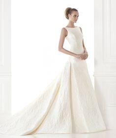 CAYETANA, Wedding Dress 2015 - Pronovias