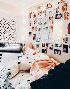 cute gallery wall ideas to copy for your dorm room 36 89 . cute gallery wall ideas to copy for your dorm room 36 89 Cute Gallery Wall I Cute Teen Rooms, Cute Dorm Rooms, College Dorm Rooms, Cute Teen Bedding, Sat College, College Bathroom Decor, Dorm Bathroom, College Room Decor, College House