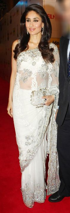 $103.67 kareena kapoor Designer White Bollywood Saree 26679